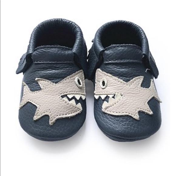 Cj Baby Navy Gray Shark Leather Booties